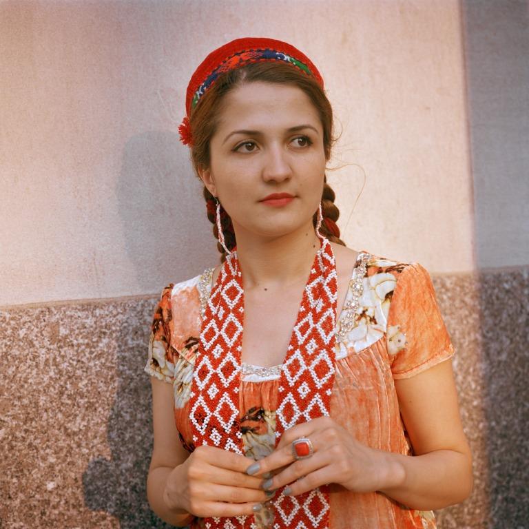 pamiri-girl-ladak-008-nocrop-w1800-h1330-2x